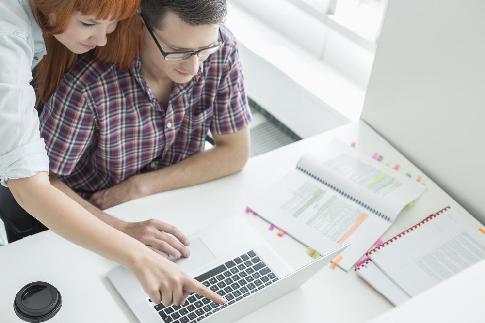 Jak znaleźć bezpieczną pracę za granicą?